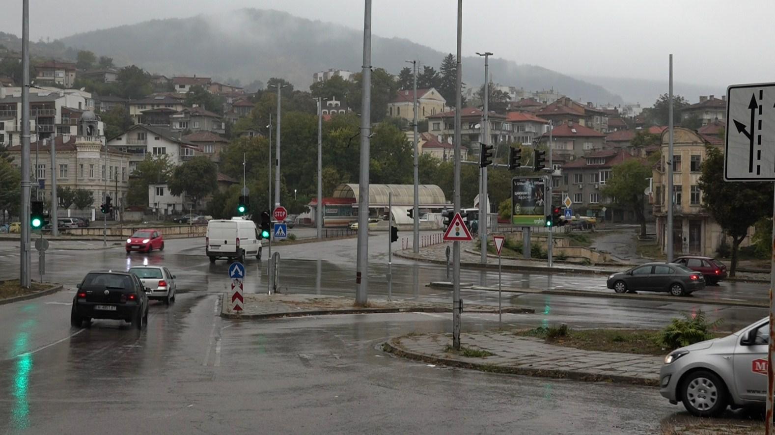 """До седмица пускат """"умния"""" светофар до Tомбул джамия"""